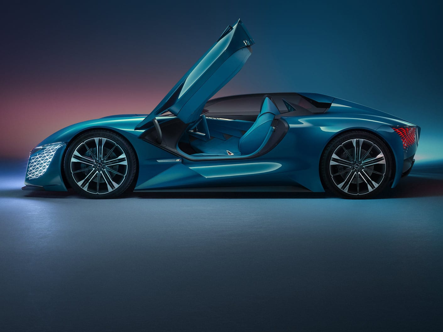 The DS X E-Tense features Elytre door that grants entry to the driver. Image via DS